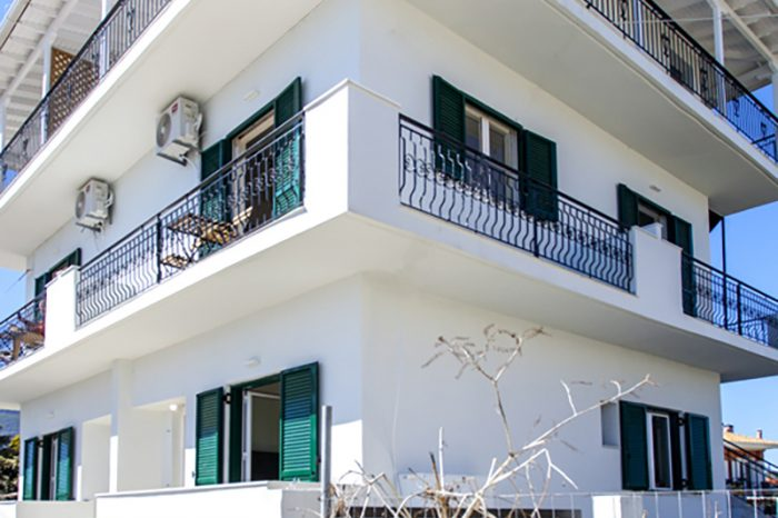 ligia-bay-apartments-lefkada-greece-ground-floor-apartment-one-whole-building-facilities-location