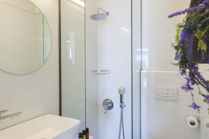 ligiabay-apartment5-in-lefkada-greece-luxury-vacation-home-luxury-family-bathroom_1