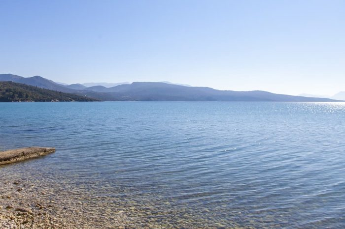 ligiabay-seafront-apartment-apartment5-endless-ionian-sea-lefkada-island-greece_1